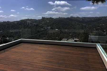 It is a natural and sustainable alternative for both residential and commercial applications like this beautiful deck in Mount Olympus, Los Angeles