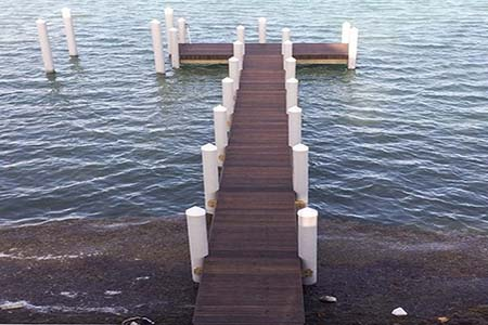 It is great to enjoy the sunny weather, tanning, fishing, boating, family fun and more on this beautiful dock on the weekend.