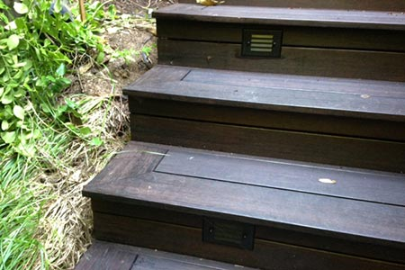 Closeup of steps constructed with dasso.XTR fused bamboo decking